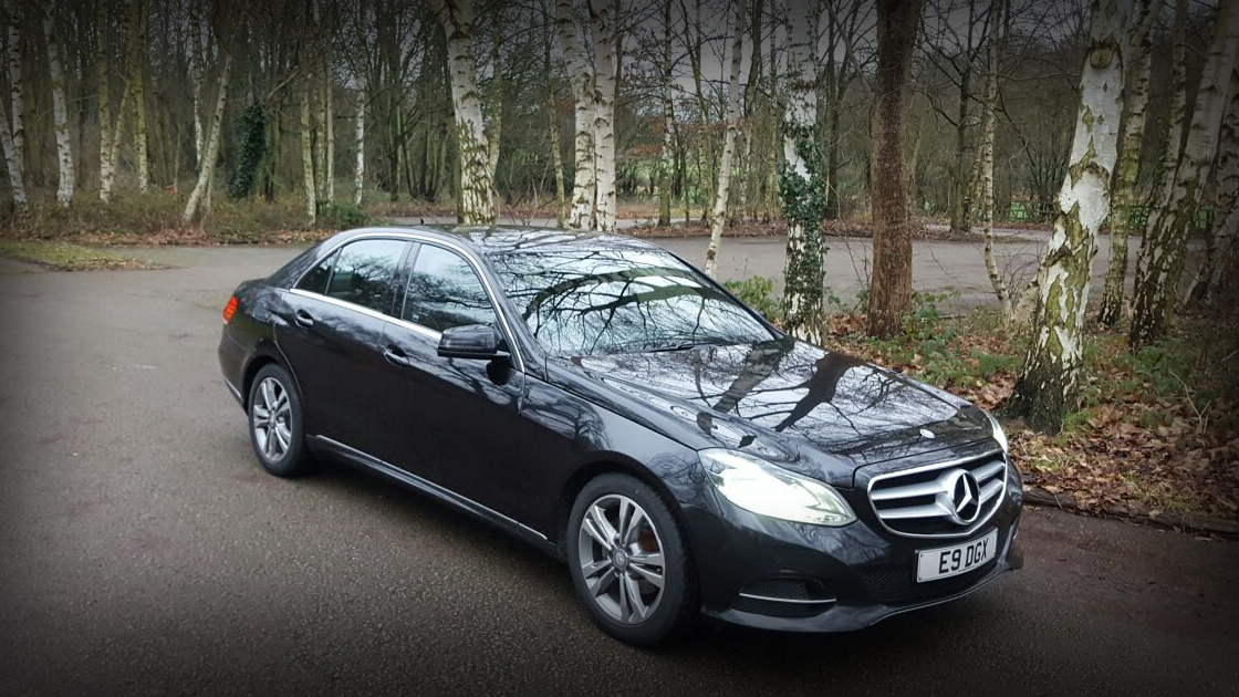 Executive Black E Class / Front - Up To 4 Passengers